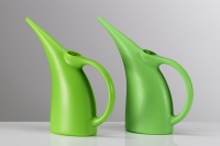 Plagiarius Prize winner 2009 - Original Koziol watering can (left) and plagiarism (right)